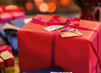 Christmas shopping and Christmas presents tips